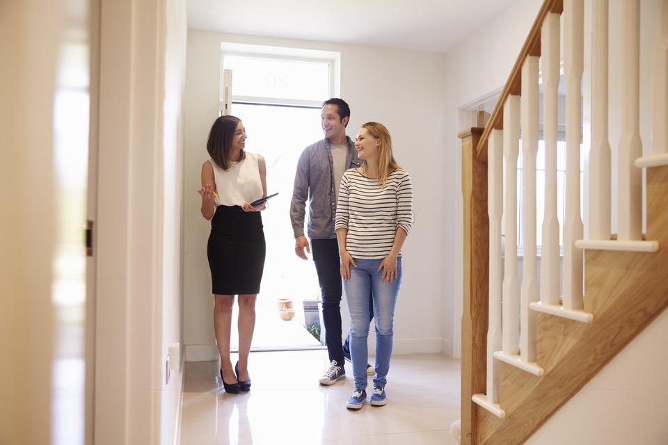Makler Immobilienbesichtigung
